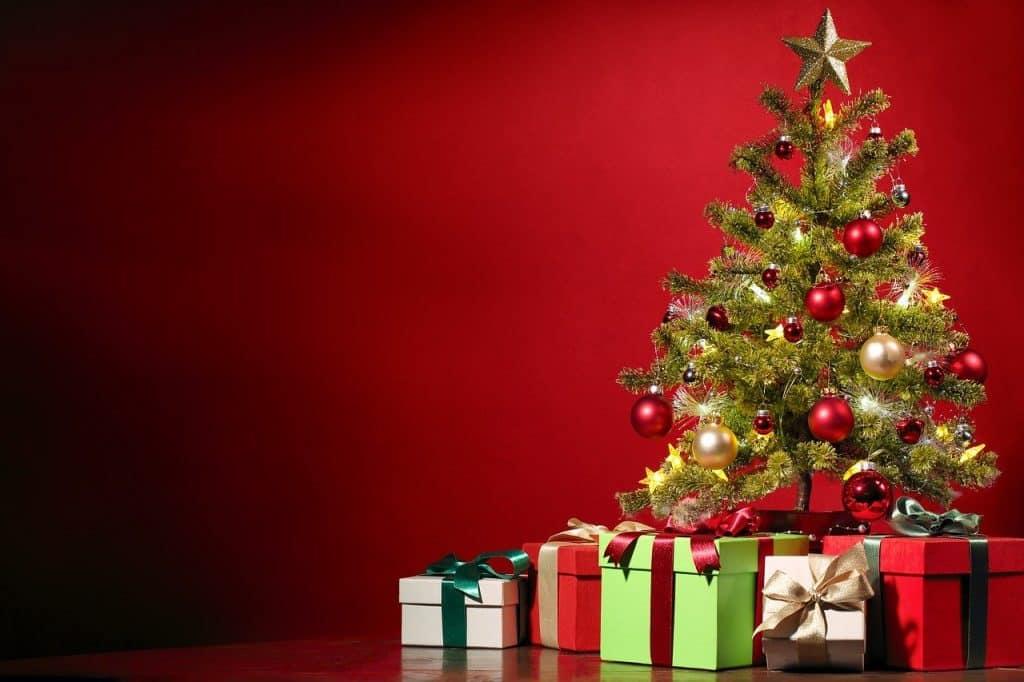 christmas, christmas tree, presents-1869902.jpg